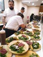 Equipo de Urbangreen preparando nuestros platos.